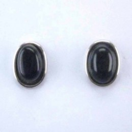 Ea Oval stone 6x8mm. Onix
