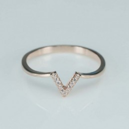 Ring   V,  6mm.  rose...