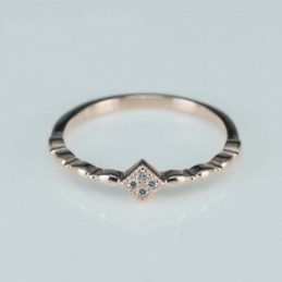 Ring   square  5mm.  rose...