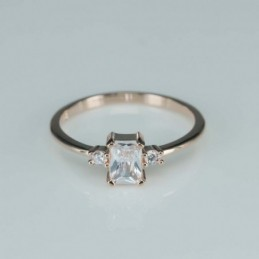 Ring   square  7mm.  rose...
