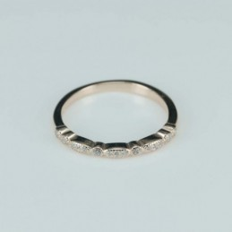 Ring   2mm.   rose  Circonia