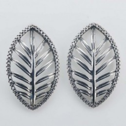 Earring Leaf 18x30mm. Circonia