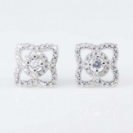 Earring Star 10mm. Circonia