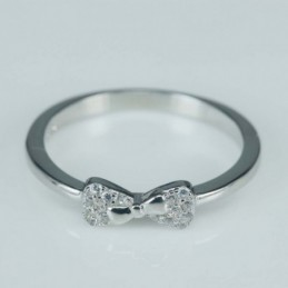 Ring bow  4mm. Circonia