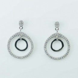 Earring suaros.A drop...