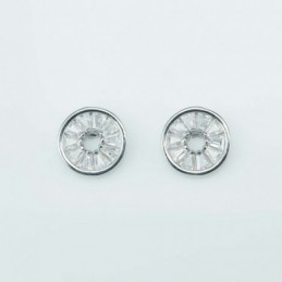 Earring suaros.A diamond...