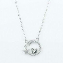 Necklace Round in Swan...