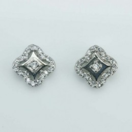 Earring Square 8mm.  Circonia