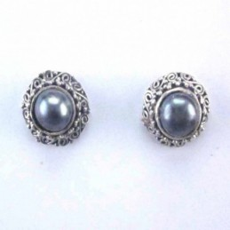 Earring Round with Pearl...
