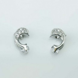 Earring Dolphin 6x10mm....