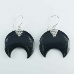 Earring whale 22mm. Resin...