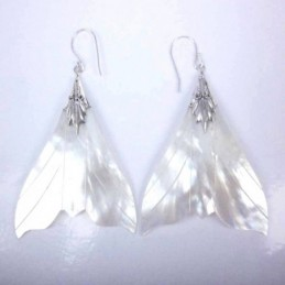 Earring Whale Tail MOP Shell