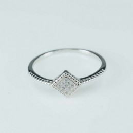Ring  Rhombus  8mm.  Circonia