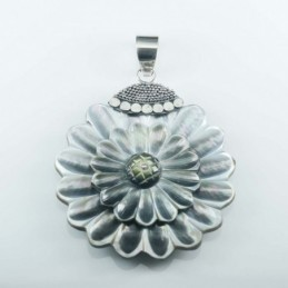 Pendant Round Flower  40mm....