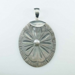 Pendant Oval 32.5x43mm.with...