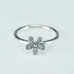 Ring  Flower  9mm. Circonia