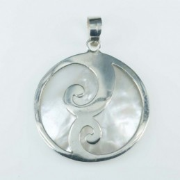 Pendant Round 30mm. Mother...
