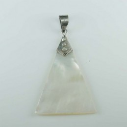 Pendant Triangle MOP Shell