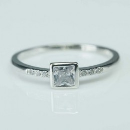 Ring Square 5mm. Circonia