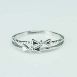 Ring Bow 5mm. Circonia
