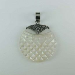 Pendant Round MOP Shell